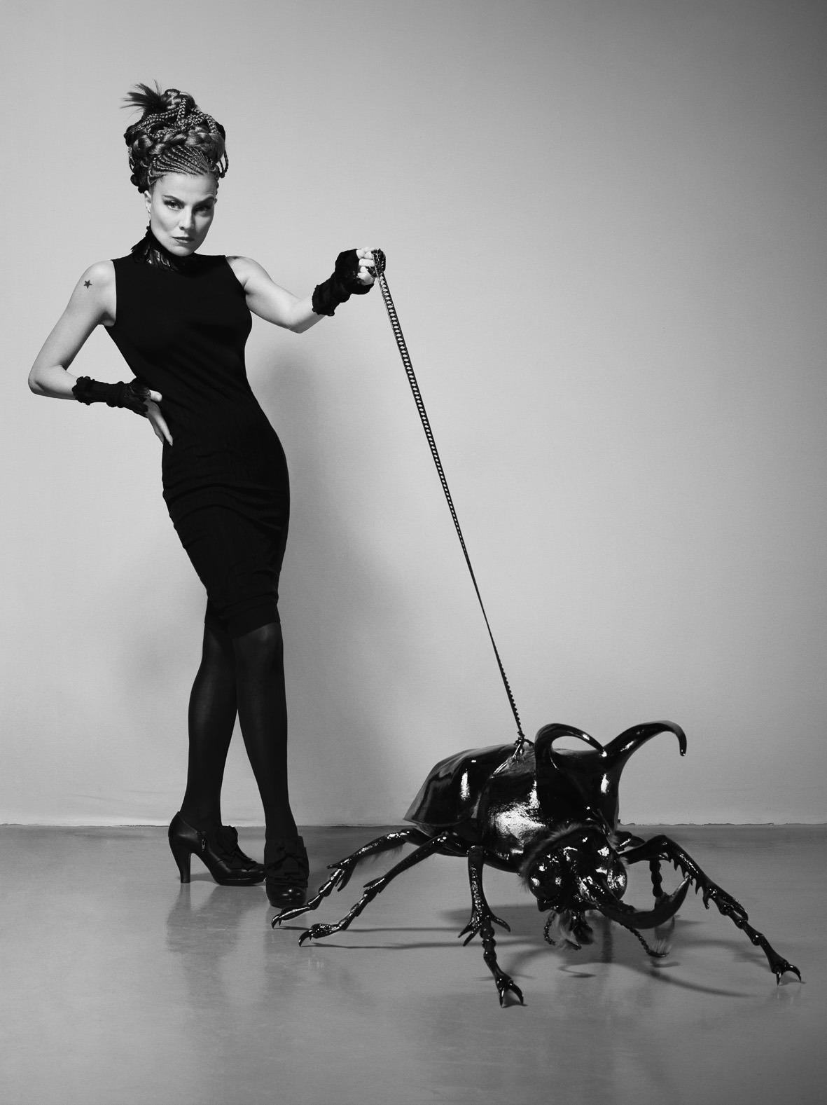 Elli Medeiros, Petite couture