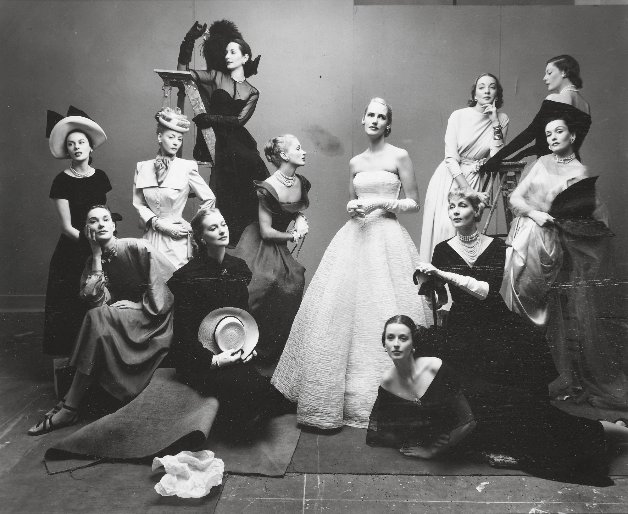 Irving Penn- 12 beauties