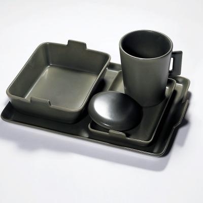 porcelaine-raynaud-setup-kaki-a